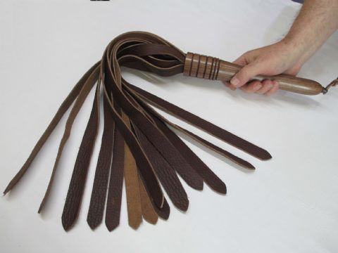 American Walnut Hard Wood Handled, 20mm wide Falls Bull Hide Leather Flogger (BB1)